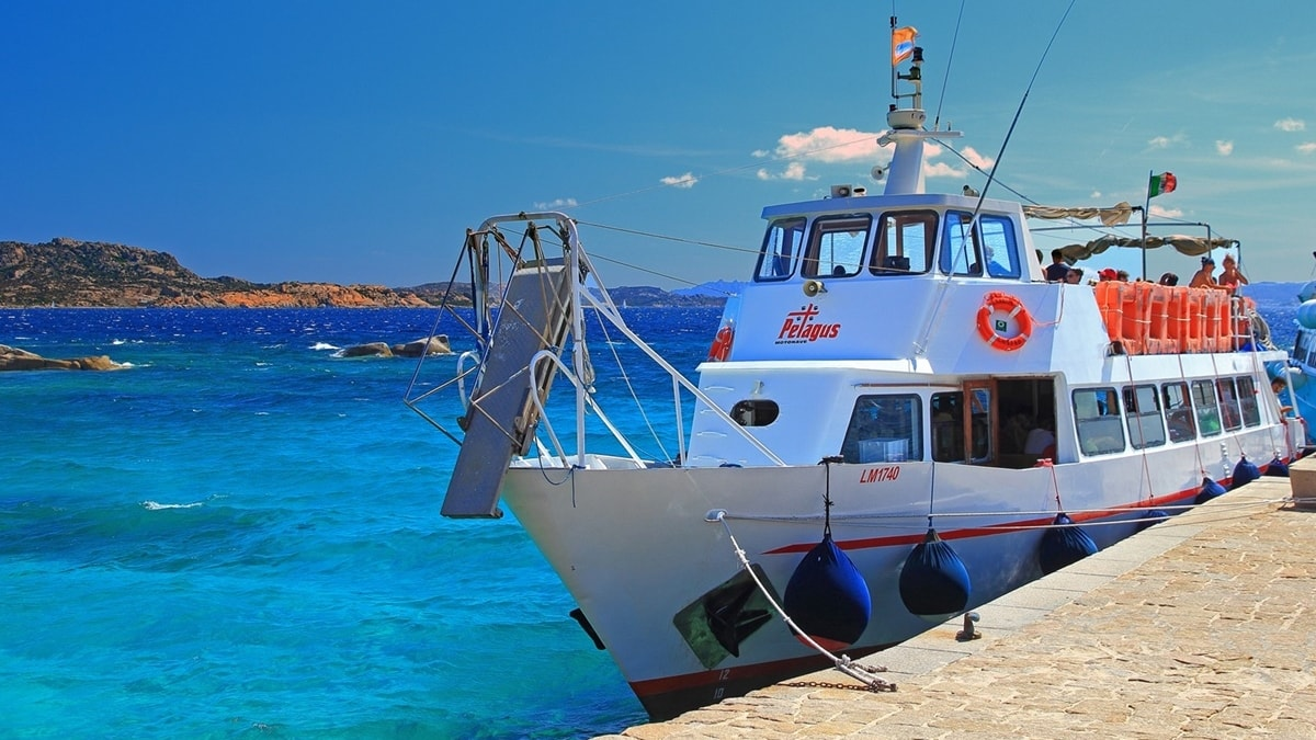 ormeggio_petagus_arcipelago_la_maddalena
